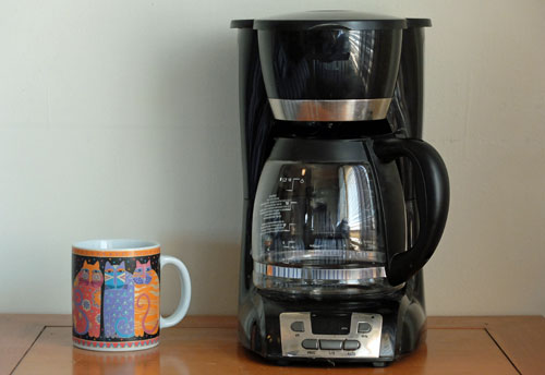 What is the problem with the plastic Coffee Makers