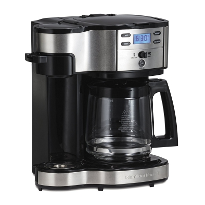 Single Serve and carafe two way coffee maker from hamilton beach